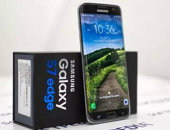 Starting From Galaxy S8 Flat Screen Versions Of Phones
